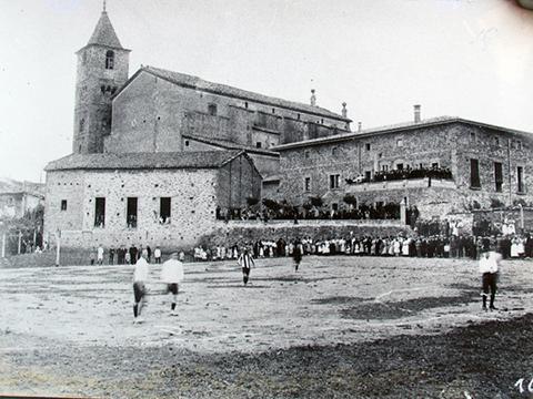 1916 11 de juny-inaguracio camp de la Rectoria  Centre