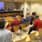Taradell declara Felip VI persona non grata i no es posa d'acord per la bandera arc iris