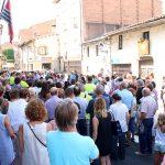 Emotius minuts de silenci a Taradell en record de les víctimes de l'atemptat de Barcelona