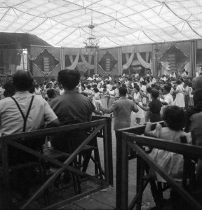 sardanes-envelat-taradell-1954