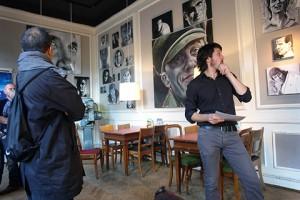 """Primera exposició individal a Aarus. El cinema es diu Øst for paradis i l'obra exposada tenia relació amb personatges """"dolents"""" de pel·licules (octubre 2013)"""