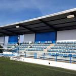 El camp de futbol de la Roureda millora l'aspecte exterior