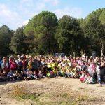 El Col·legi Sant Genís i Santa Agnès realitza la 8a caminada d'alumnes i avis