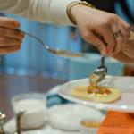 Més de 300 persones  degusten gastronomia internacional a l'11a Mostra de Cuines del Món de Taradell