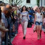 L'Inspiring tanca el mes dedicat a la moda amb una desfilada dels botiguers de Taradell