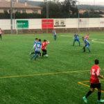 La UD Taradell remonta davant del Sant Feliu de Codines en un partit marcat per la pluja