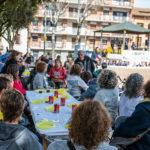 Unes 200 persones participen al vermut solidari de Taradell pels presos i exiliats polítics