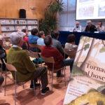 Es presenta el llibre 'Tornar al bosc: les feines dels bosquerols' de Josep Cot i Antoni Gimeno