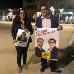 Comença la campanya per a les eleccions municipals 2019 amb la tradicional enganxada de cartells