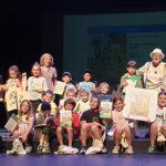 Els alumnes de 2n de Primària de l'escola Les Pinediques guanyen un dels Premis Pilarín Bayés de contes