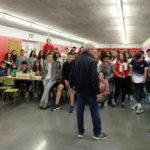 Els alumnes de l'INS Taradell recullen aliments per als usuaris de Càritas