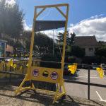 Els CDR de Taradell instal·len una guillotina per recordar el rebuig al discurs del rei Felip VI el 3 d'octubre de 2017