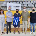 Jefa Rovira agafa el relleu de Ferran Moreno a la banqueta del CP Taradell